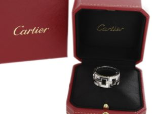 Cartier Baiser Dragon White Gold Diamonds Ring - Baer Bosch Auctioneers